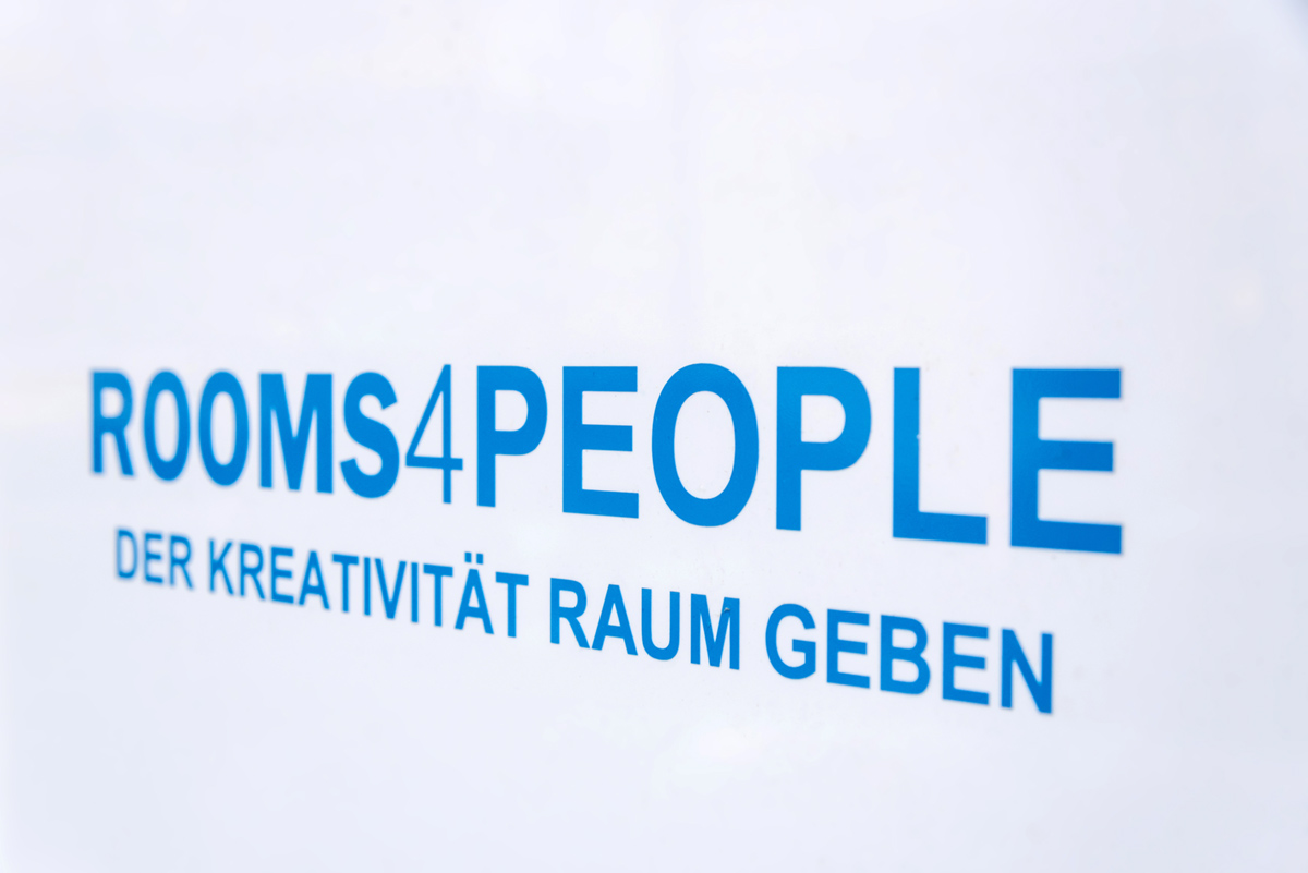 Rooms4People